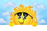 Happy lurking sun theme image 5