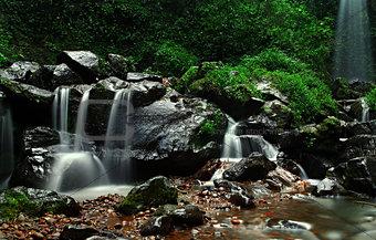 Grenjengan Kembar Waterfall