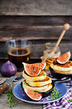 Cottage cheese pancakes with fresh figs and honey