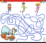 cartoon paths maze game with kids and candy