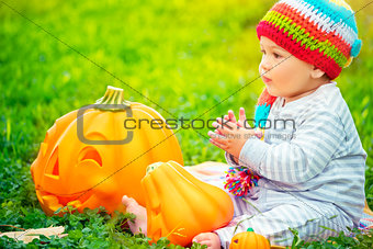 Small kid celebrating Halloween