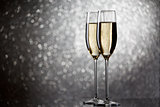 New Year's picture of two wine glasses with sparkling champagne