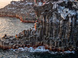 jeju daepo jusangjeoli cliff