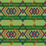Knitted seamless geometric interlaced pattern