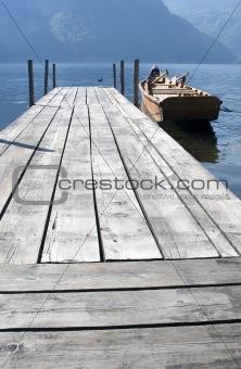 mole over tarunsee and boat - austria