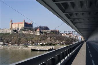 bratislava - castle from bridge