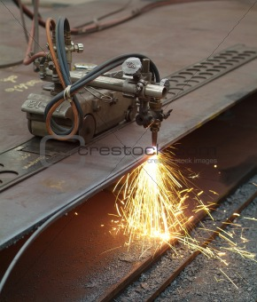 Cutting of steel plates