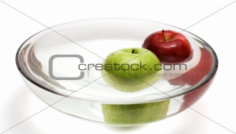 Green and red apples in vase with water - 2