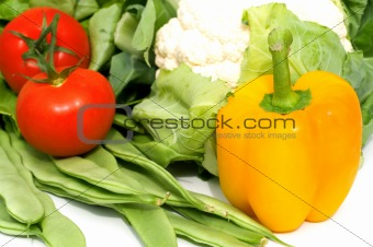 yellow paprika and fresh vegetables