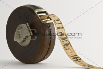 Old Tape Measure V8