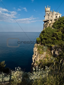 Swallow's Nest Castle Surrounding Sideview