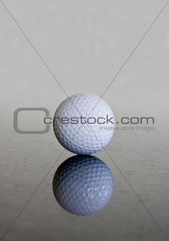 Single golf ball reflection