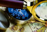 Magnifying glass & Compass