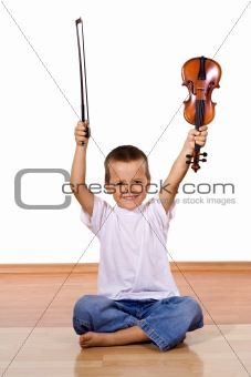 Little boy with a violin